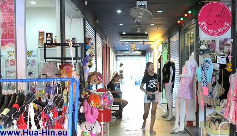 Buy cheap ladies underwear Grand Market Hua Hin