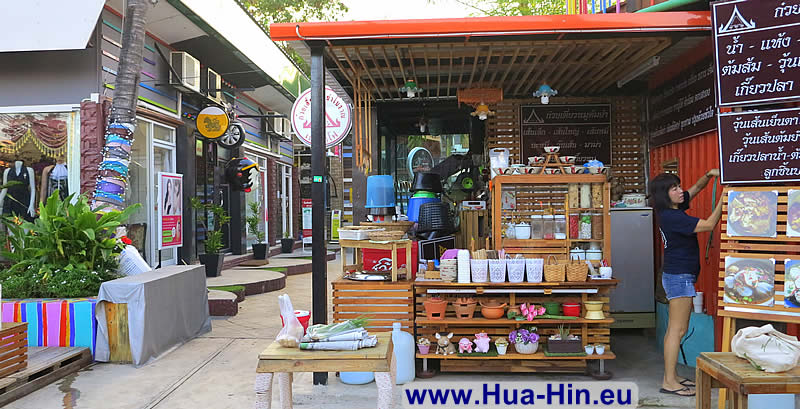 Pottery at Grand Market Hua Hin