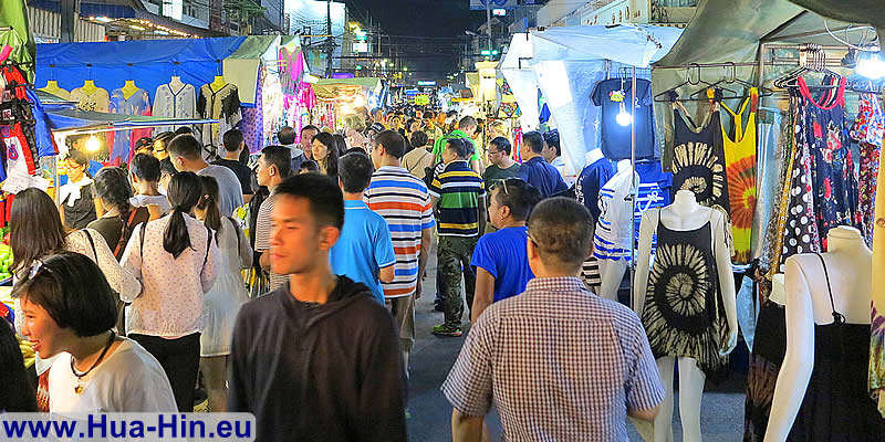 Many people at the night market Hua Hin