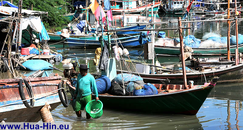 Fishing village in Khao Takiab