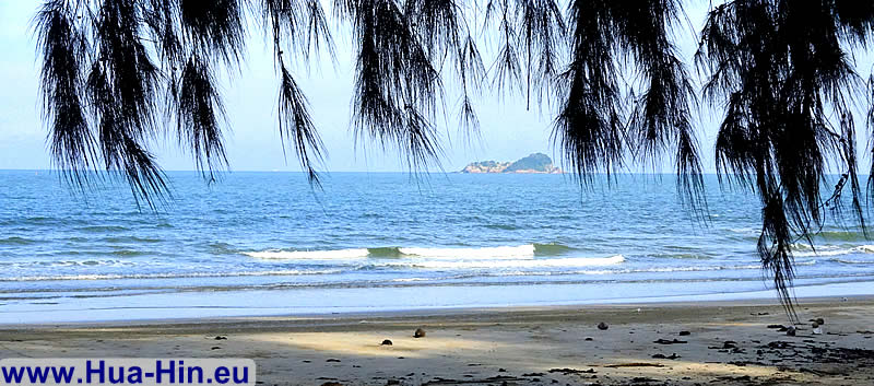 Peace and seclusion at Suan Son beach